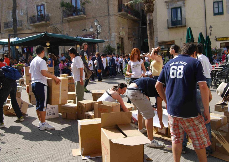 Installazione muro Piazza Duomo - Cefalù (Pa)